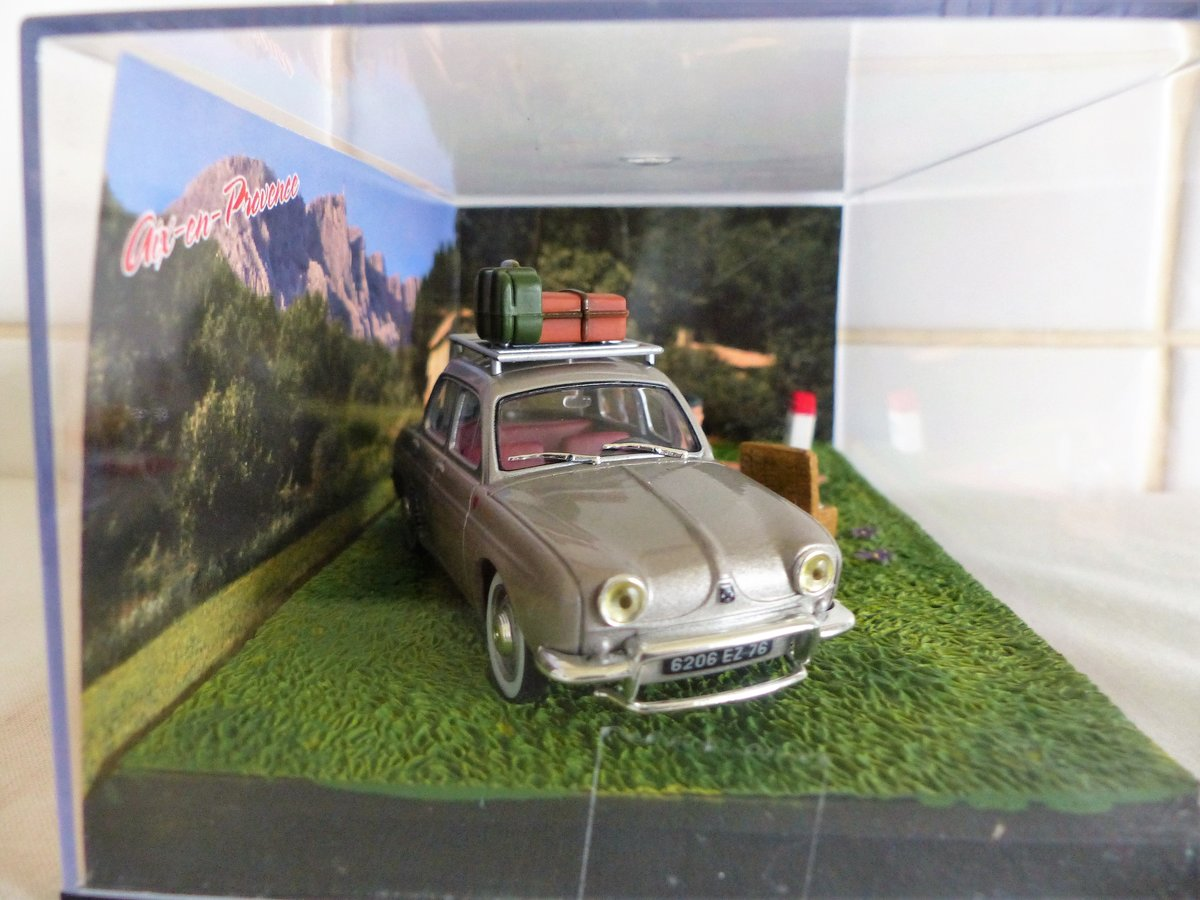 """""""Renault Dauphine-Diorama 1:43 scale Picnic"""" For Sale (picture 2 of 5)"""