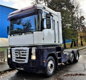 2004 RENAULT MAGNUM MACK 480 MANUAL 6x2 IN EXCELLENT CONDITION For Sale