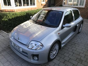 2002 Renault CLIO SPORT V6 For Sale