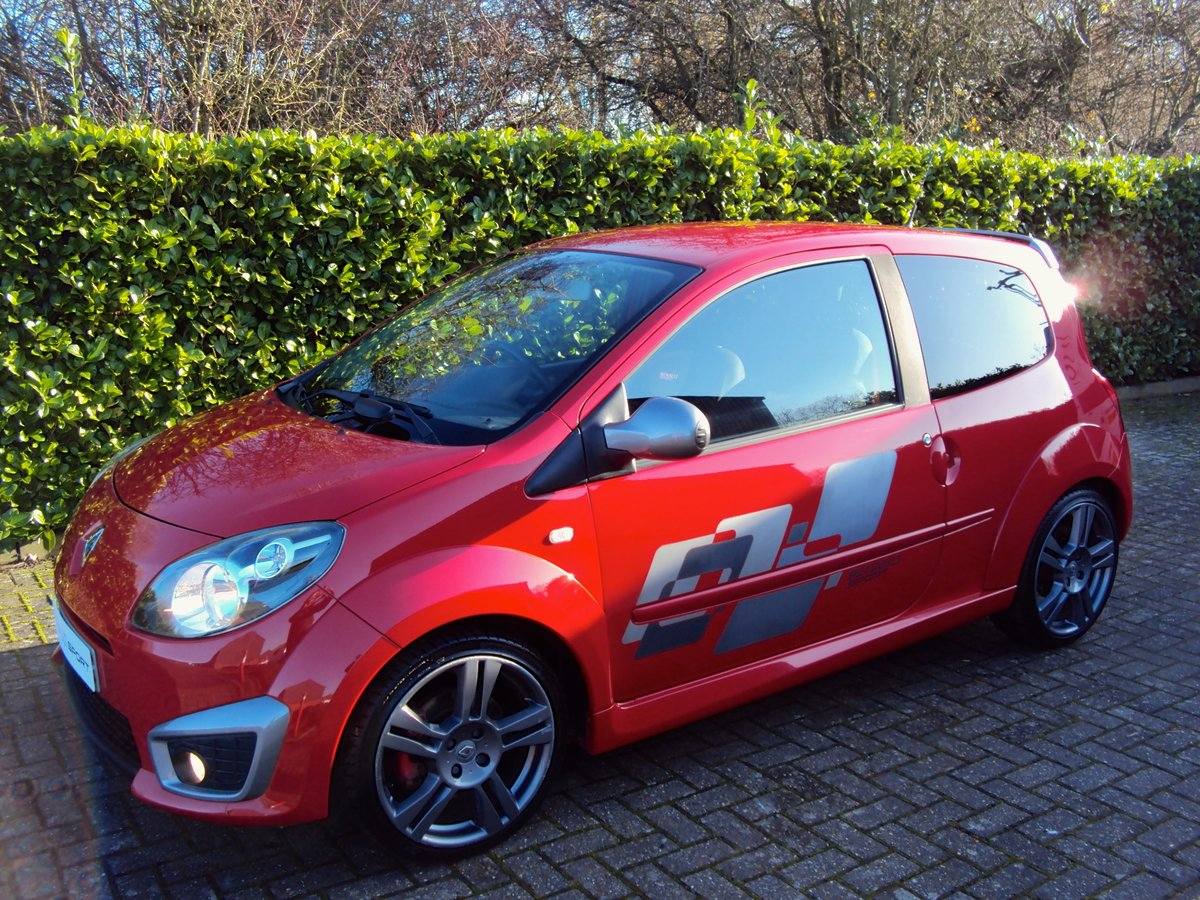 2009 A Lovely Low Mileage Renaultsport Twingo 1.6i 133 CUP PACK For Sale (picture 2 of 6)