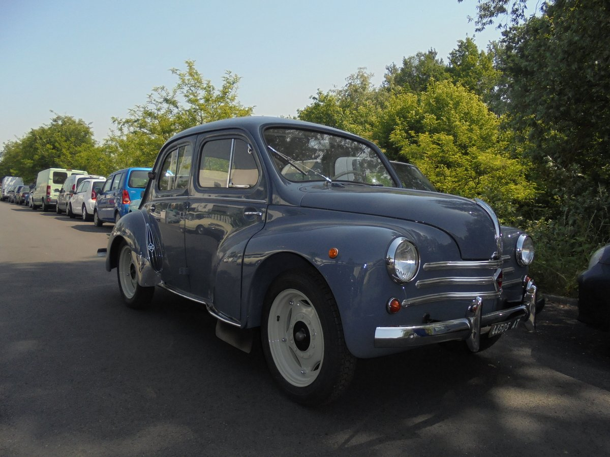 Picture of Renault 4CV