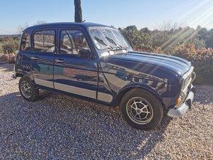 1986 Renault 4L Gendarmerie