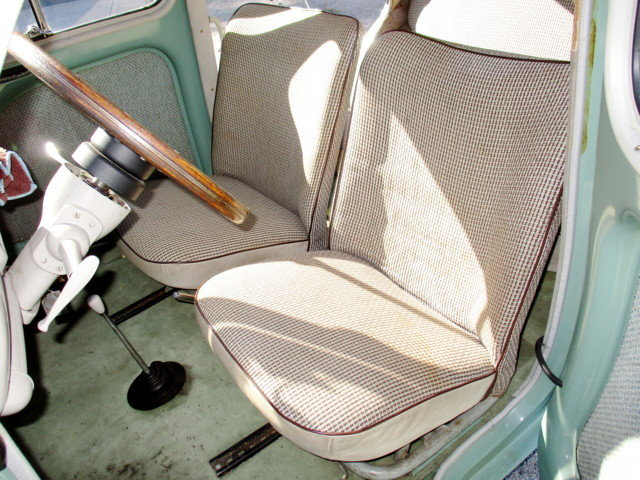 RENAULT 4CV R1062 (1958) For Sale (picture 4 of 6)