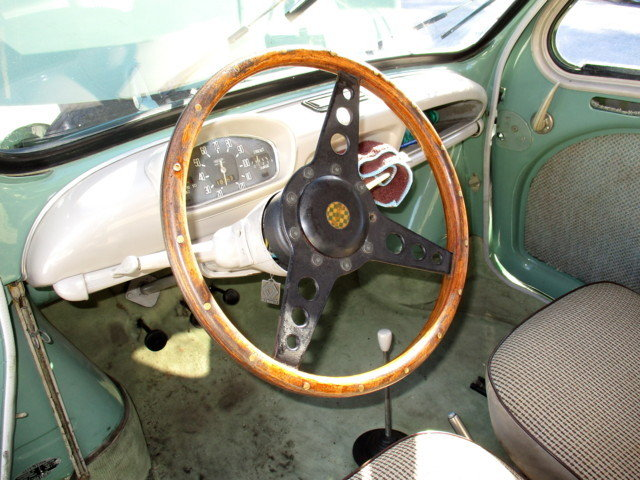 RENAULT 4CV R1062 (1958) For Sale (picture 5 of 6)