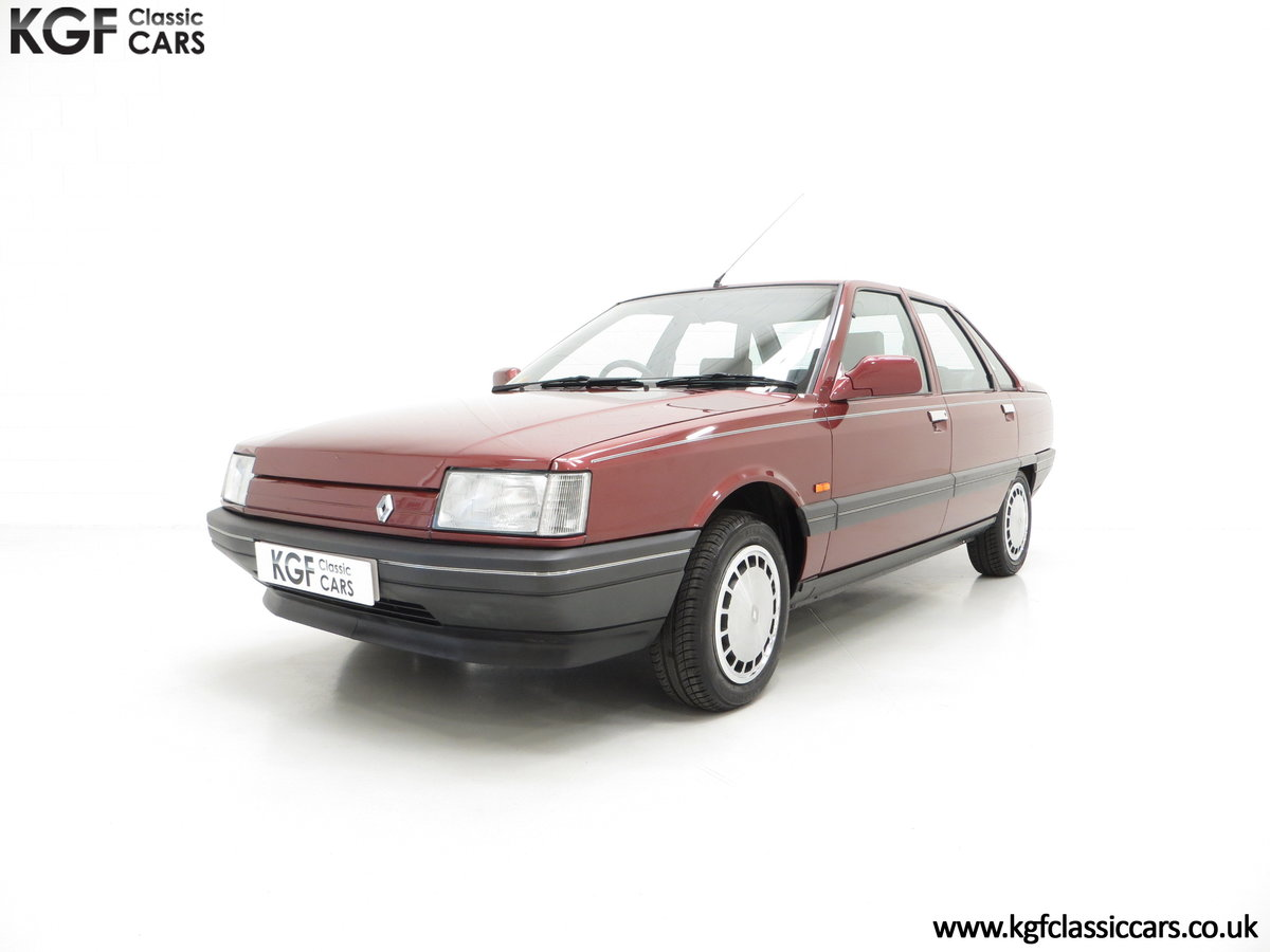 1988 An Ex Renault UK Renault 21 GTS Symphony with 16,027 miles. For Sale (picture 2 of 6)