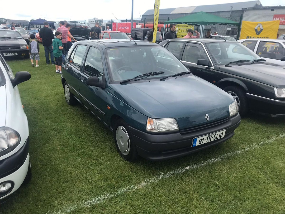 1991 Renault Clio EX-Renault UK For Sale (picture 6 of 6)