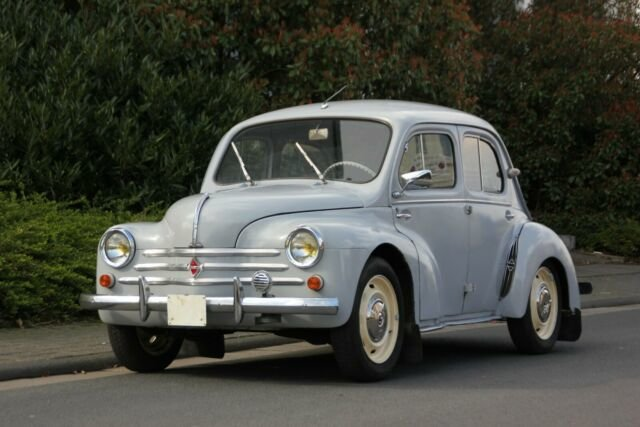 Renault 4CV, 1960 SOLD (picture 1 of 6)