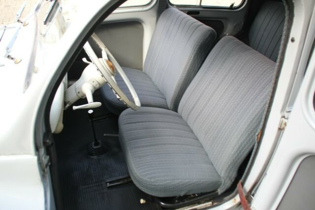 Renault 4CV, 1960, 6.900,- Euro For Sale (picture 5 of 6)