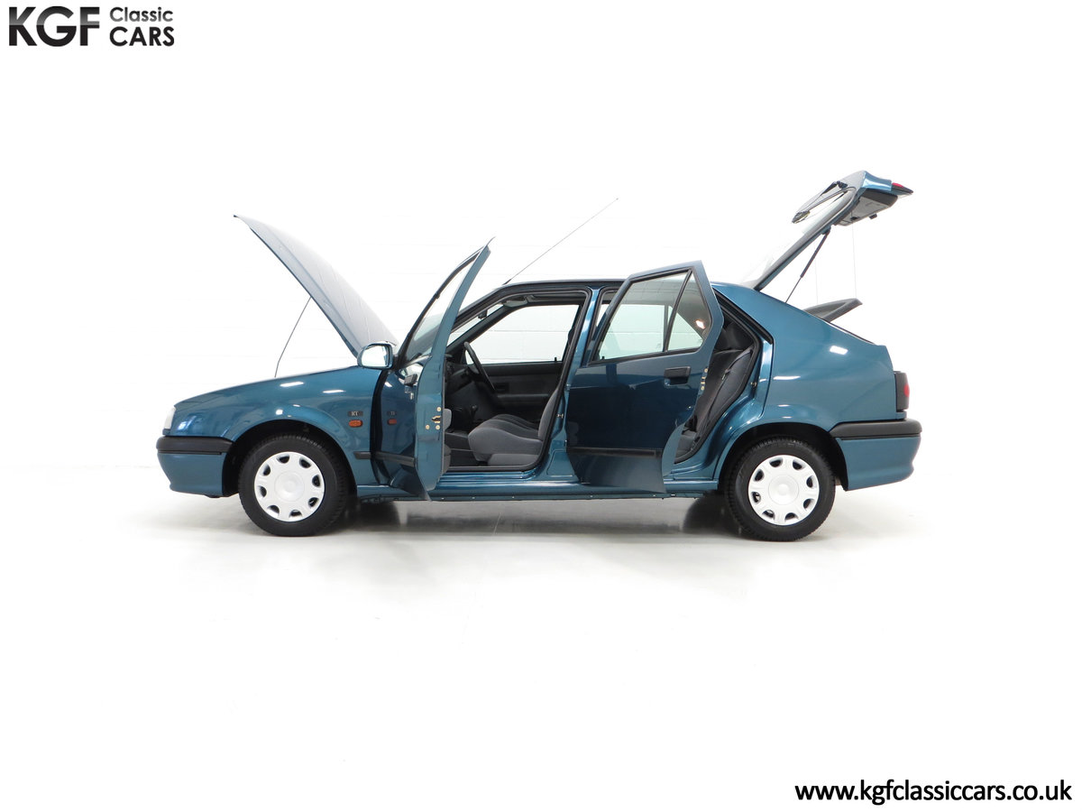 1994 A Preserved and Rare Renault 19 1.4 RT Auto with 17880 Miles For Sale (picture 3 of 6)