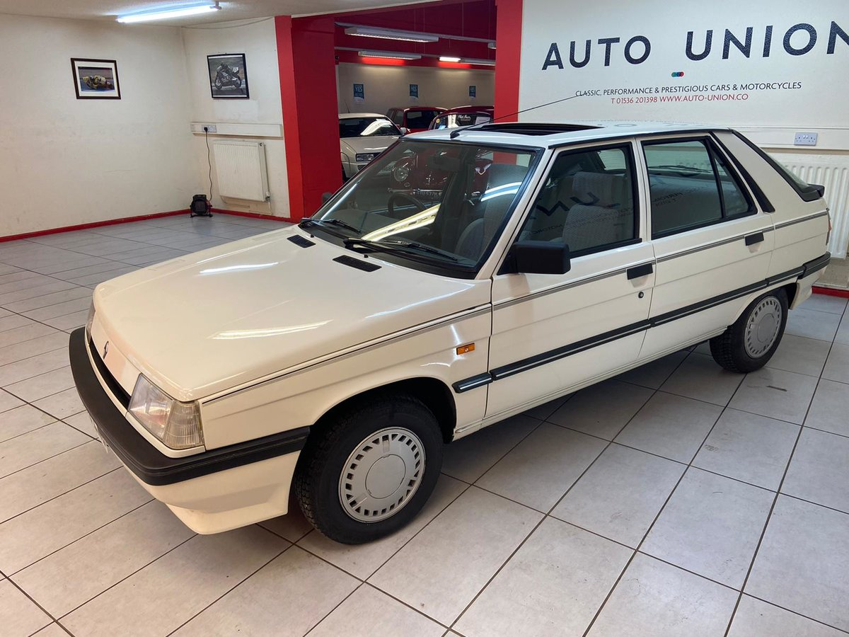 1988 RENAULT 11 GTL For Sale (picture 2 of 6)