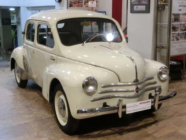 RENAULT 4CV 4/4 - 1958 For Sale (picture 1 of 6)