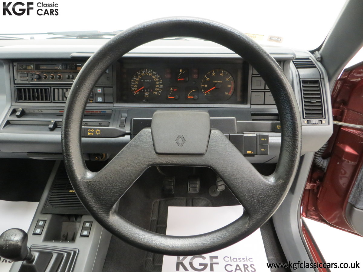 1988 A Renault 21 GTS Symphony with 16,027 Miles SOLD (picture 20 of 24)