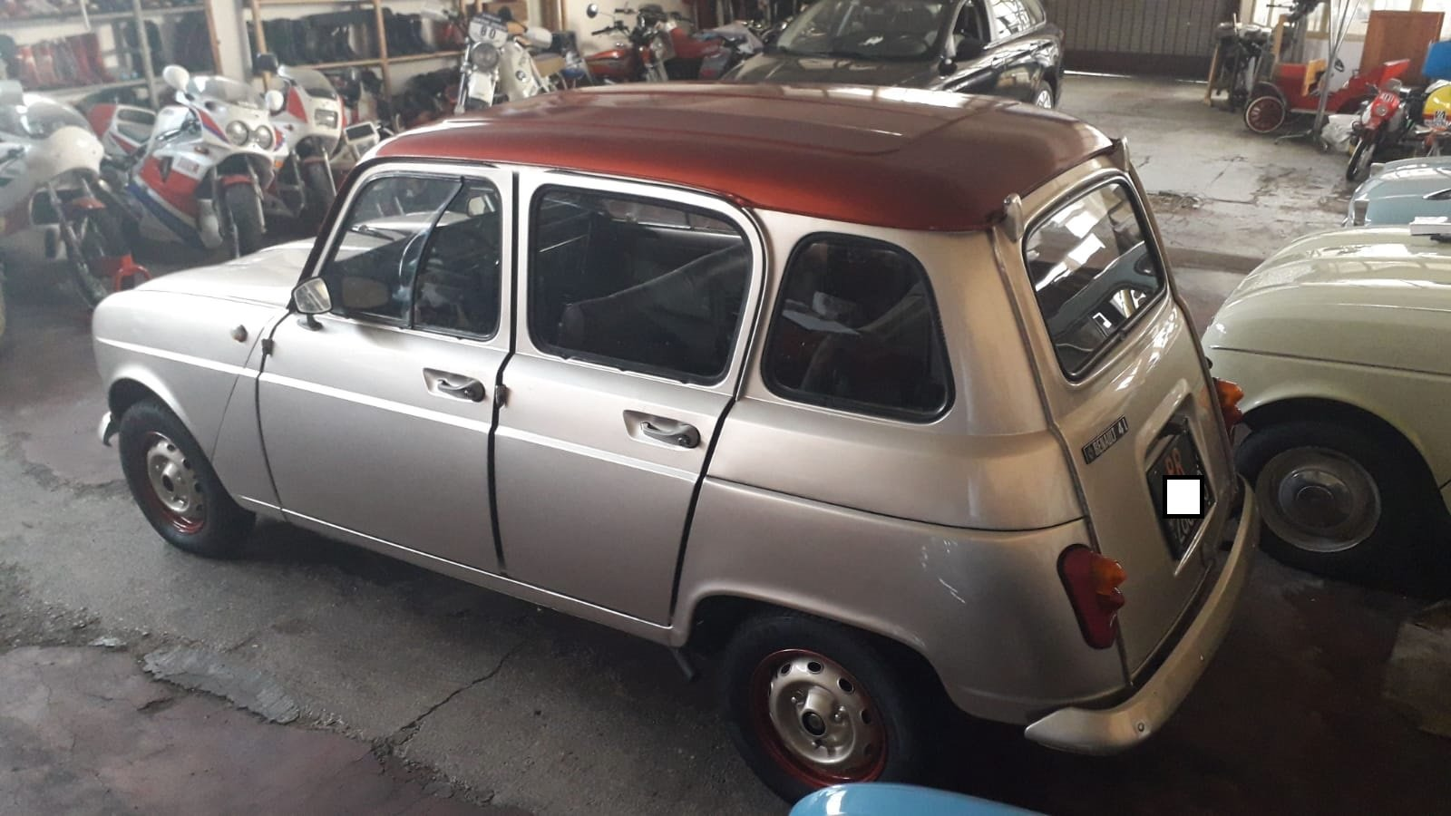 """1977 Renault R4 of famous singer """"Zucchero"""" For Sale (picture 2 of 5)"""