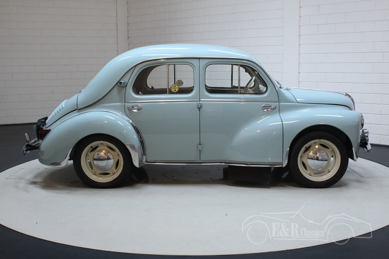 Renault 4CV 1957 Beautiful restored condition For Sale (picture 5 of 6)