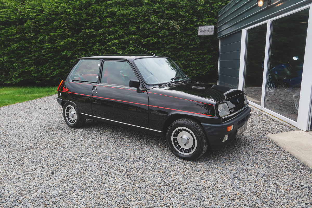 1983 Immaculately Restored Renault 5 Gordini/Alpine Turbo SOLD (picture 1 of 6)