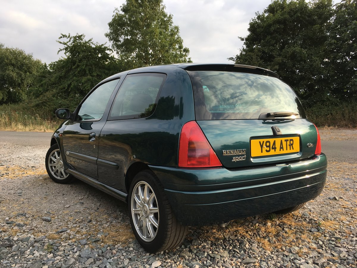 2001 Renaultsport Clio 172 Exclusive ***SOLD*** SOLD (picture 3 of 6)