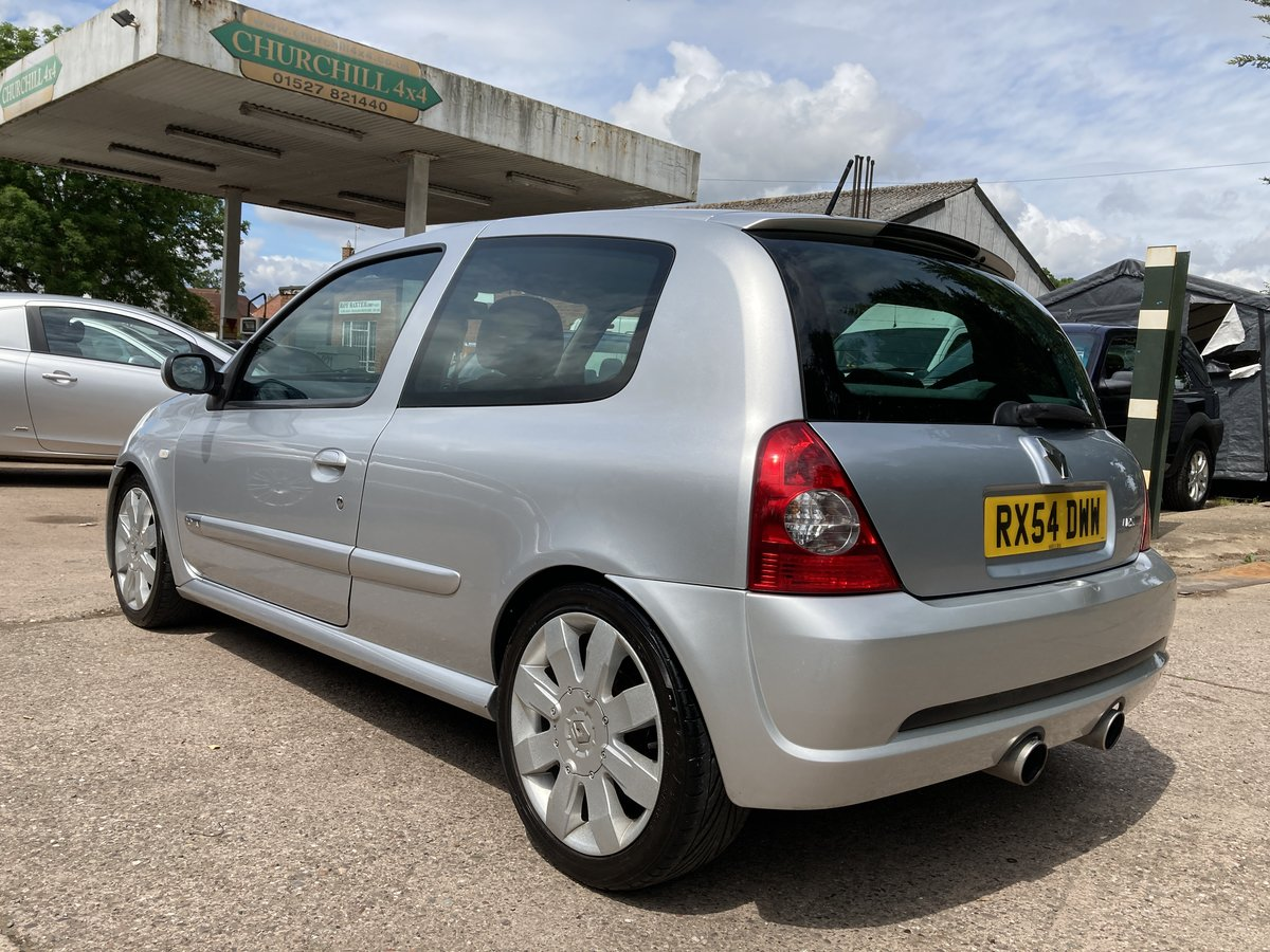 2004 Genuine 182 model, lots of extras For Sale (picture 3 of 6)