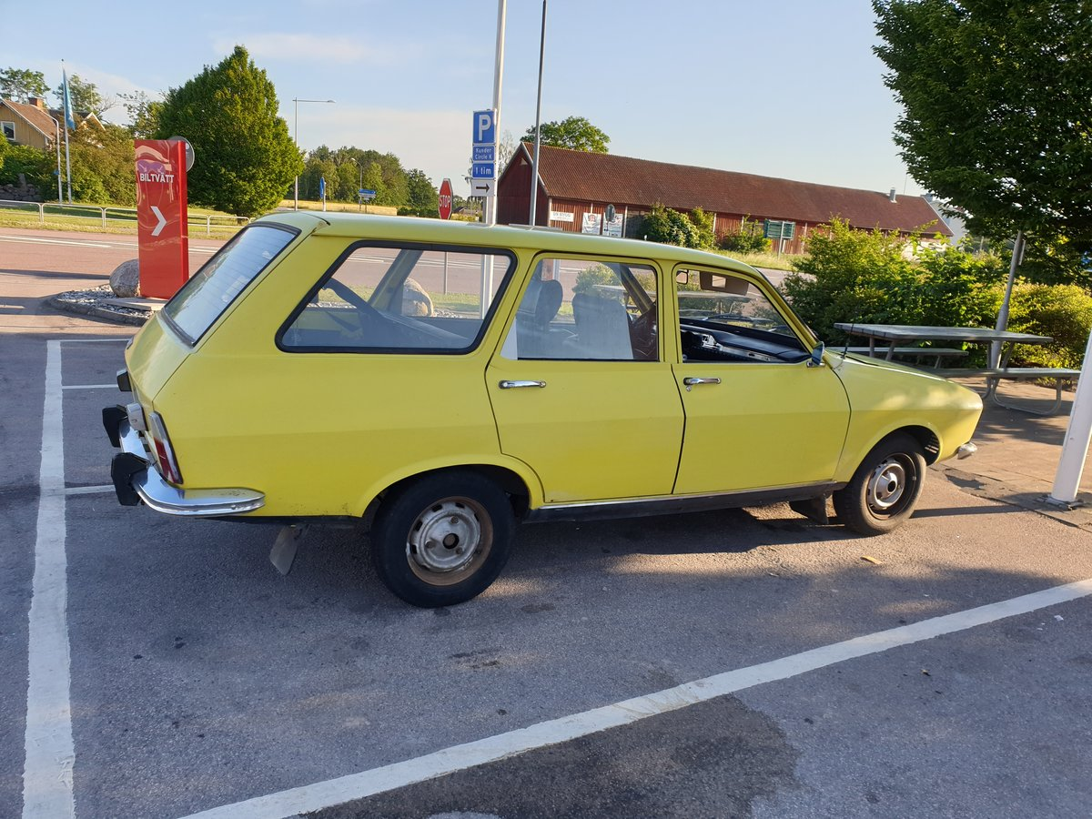 1974 A nice Renault R12 Breake, In good shape. For Sale (picture 1 of 6)