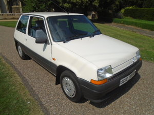 1989 Renault 5 1.4 Auto, 40000 miles, Power steering.