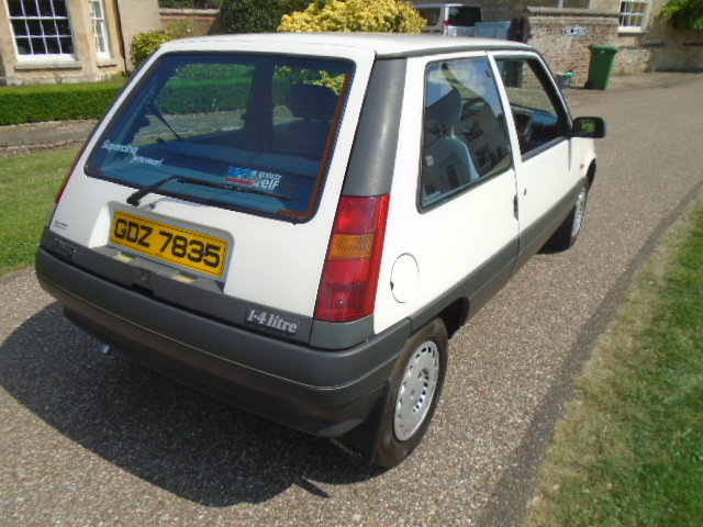 1989 Renault 5 1.4 Auto, 40000 miles, Power steering.  For Sale (picture 3 of 6)