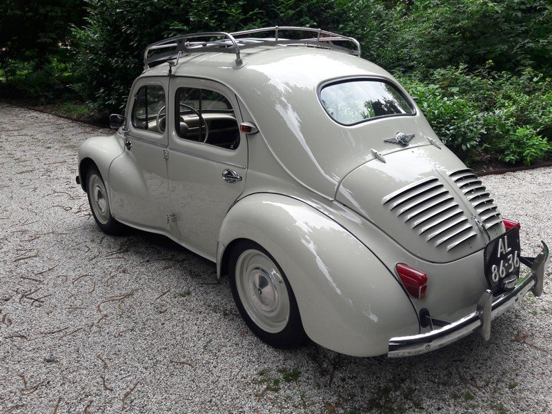 RENAULT 4CV 1960  BEAUTIFUL CAR 8950 EURO SOLD (picture 3 of 6)