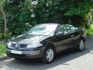 2005 Renault Megane Privilege Convertible.. Only 31,600 Miles..