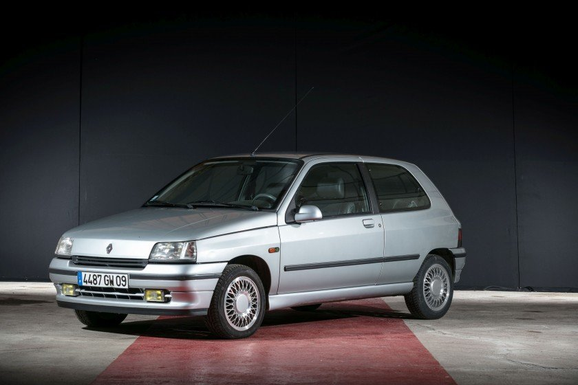 1992 Renault Clio Baccara - No reserve For Sale by Auction (picture 1 of 6)
