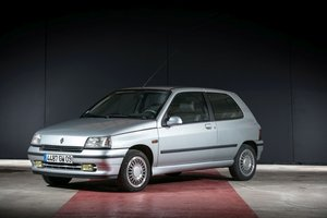 1992  Renault Clio Baccara - No reserve