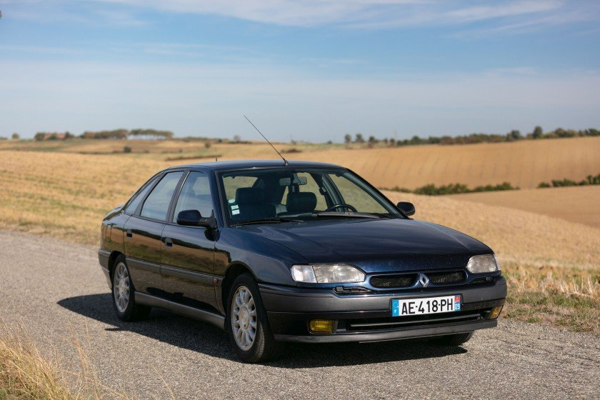 1992 Renault Safrane V6 Baccara For Sale by Auction (picture 1 of 6)