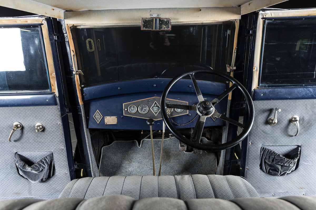 1929 Renault NN 2 Berline - No reserve For Sale by Auction (picture 3 of 6)