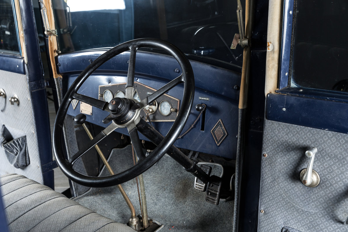 1929 Renault NN 2 Berline - No reserve For Sale by Auction (picture 4 of 6)