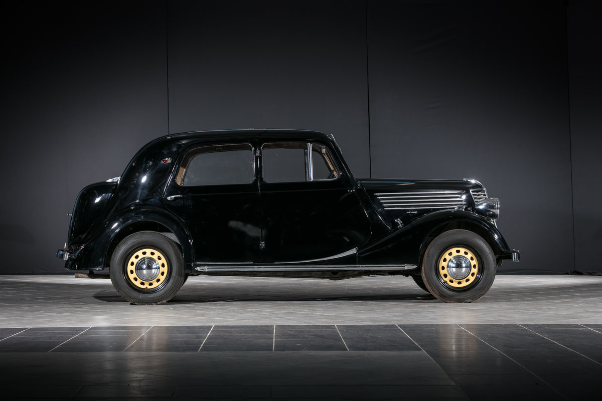 1939 Renault Novaquatre (BDR2) - No reserve For Sale by Auction (picture 2 of 6)
