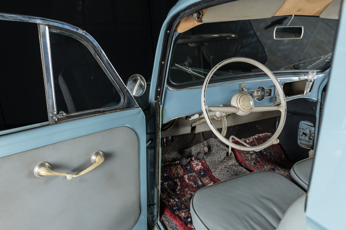 1957 Renault Juvaquatre Dauphinoise - No reserve For Sale by Auction (picture 3 of 6)