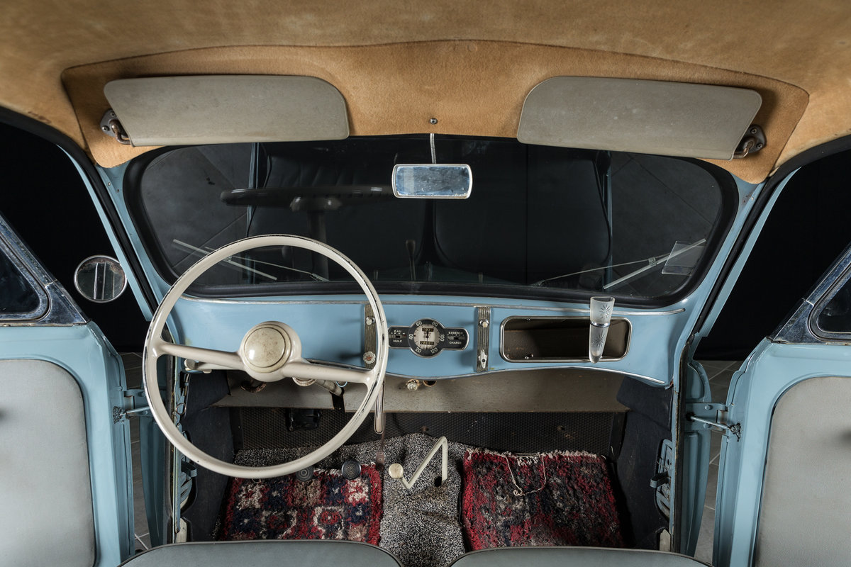 1957 Renault Juvaquatre Dauphinoise - No reserve For Sale by Auction (picture 4 of 6)