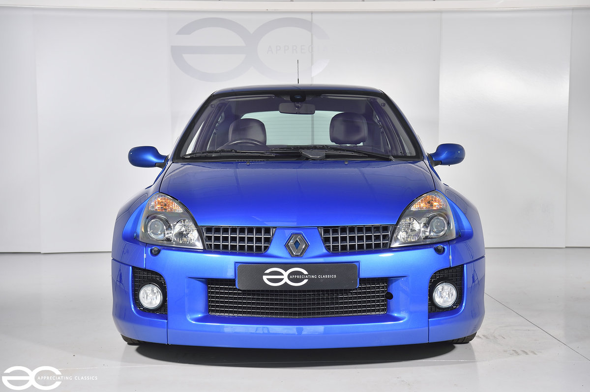 2005 Phase 2 Clio V6 - 19K Miles - Fresh Belt Service  For Sale (picture 1 of 6)