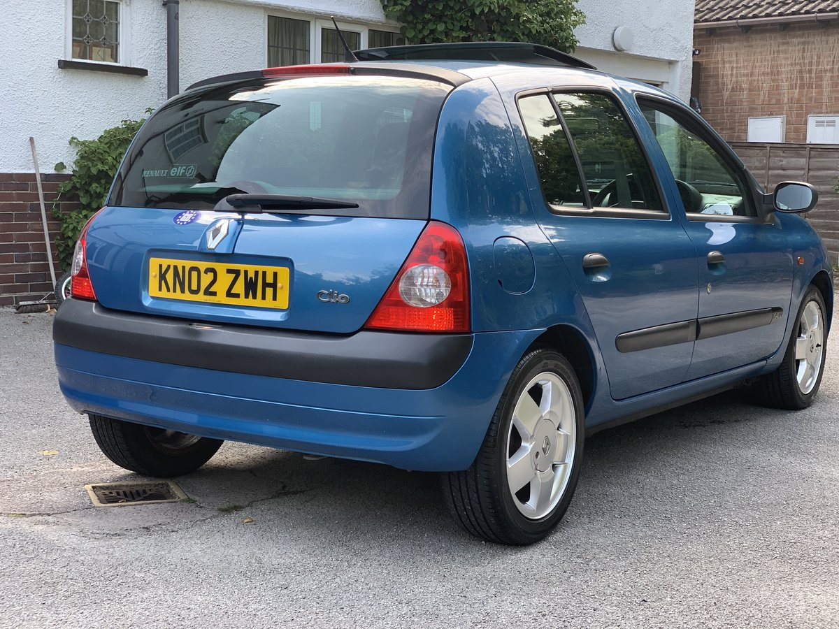 2002 Renault Clio 1.4i 16v privilege A/c sunroof SOLD (picture 3 of 6)