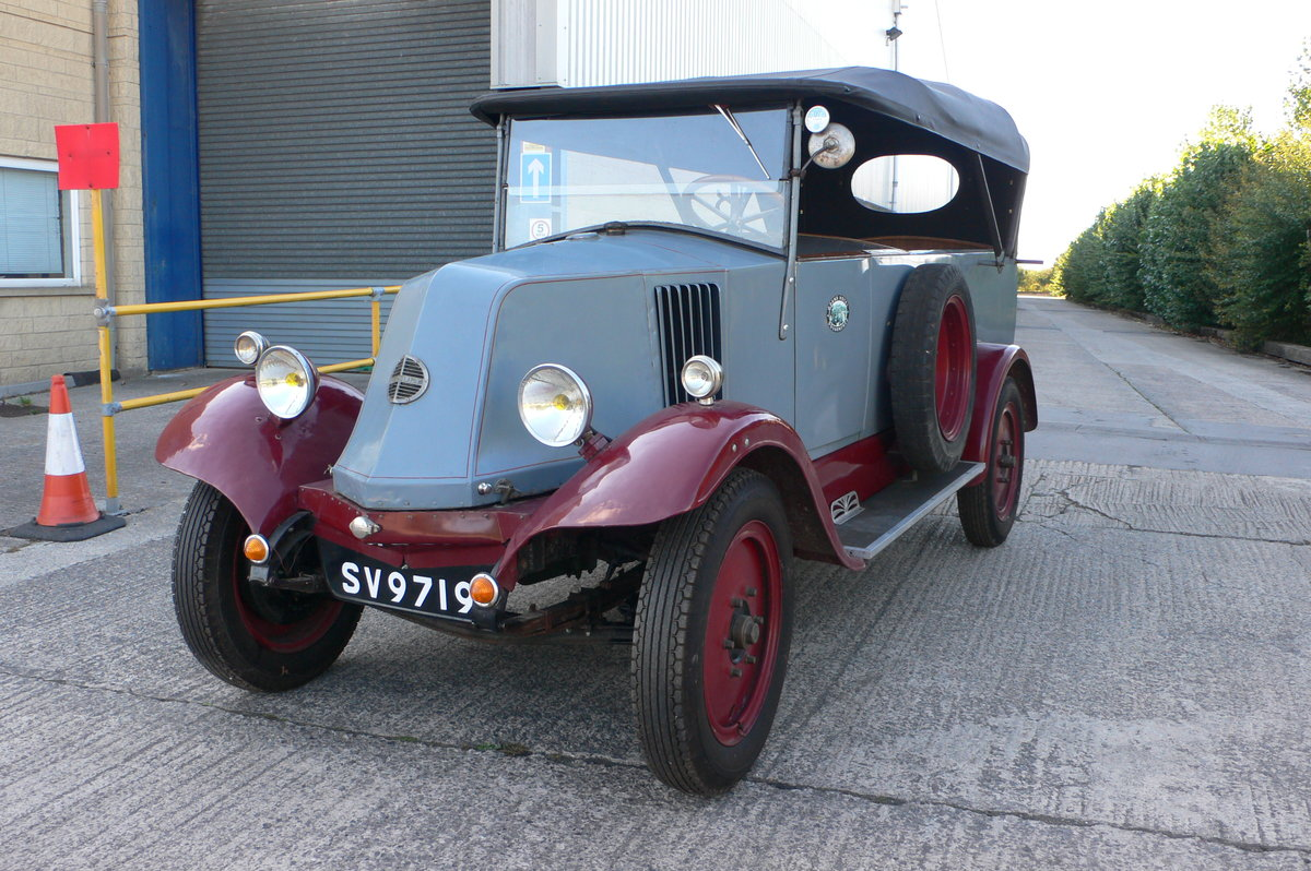 1926 Renault OS Estate Bus For Sale by Auction (picture 2 of 6)