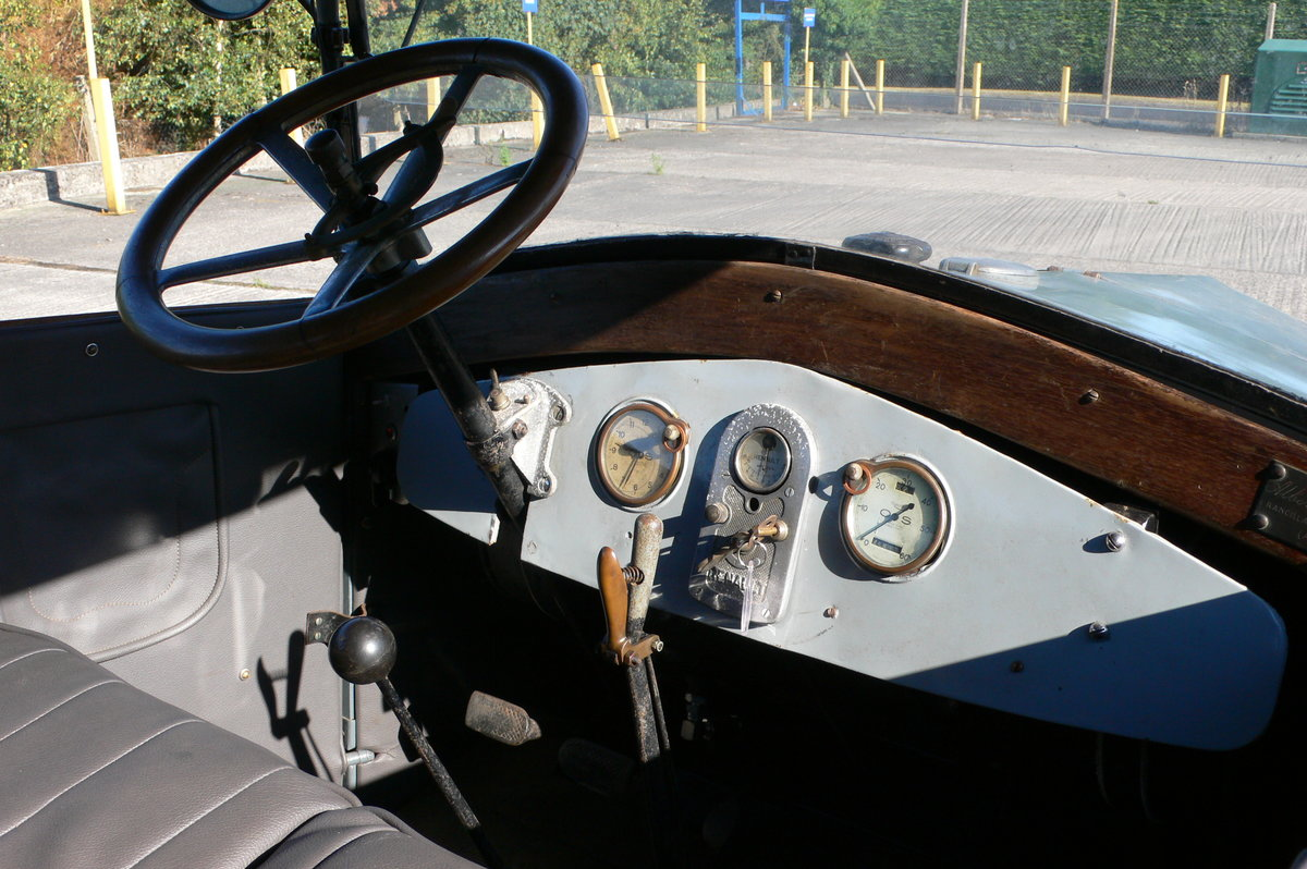 1926 Renault OS Estate Bus For Sale by Auction (picture 3 of 6)