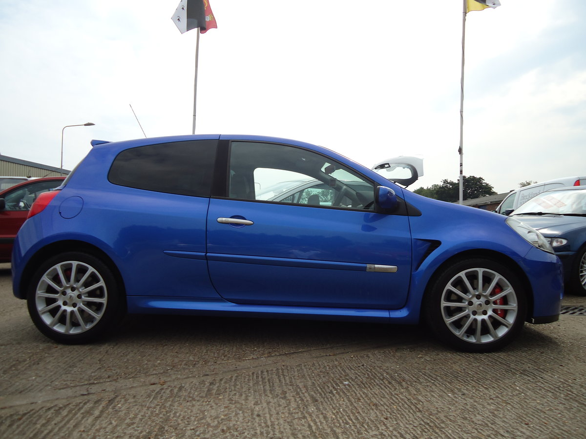 0656 LOW MILEAGE CLIO RENAULTSPORT For Sale (picture 2 of 5)