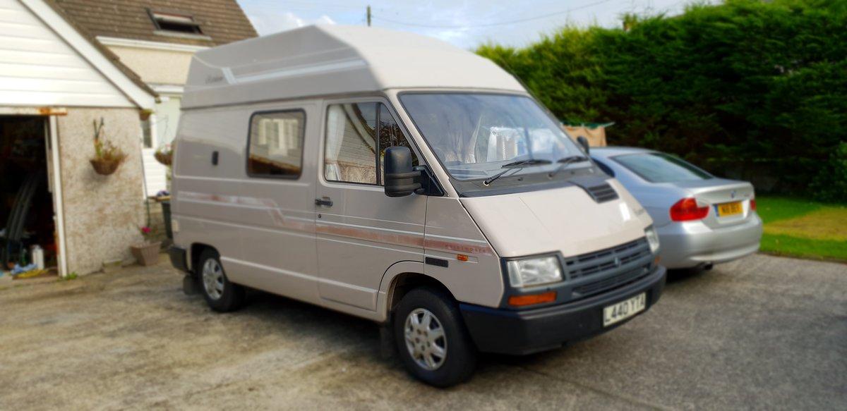 1993 Holdsworth renault 2 berth campervan For Sale (picture 2 of 6)
