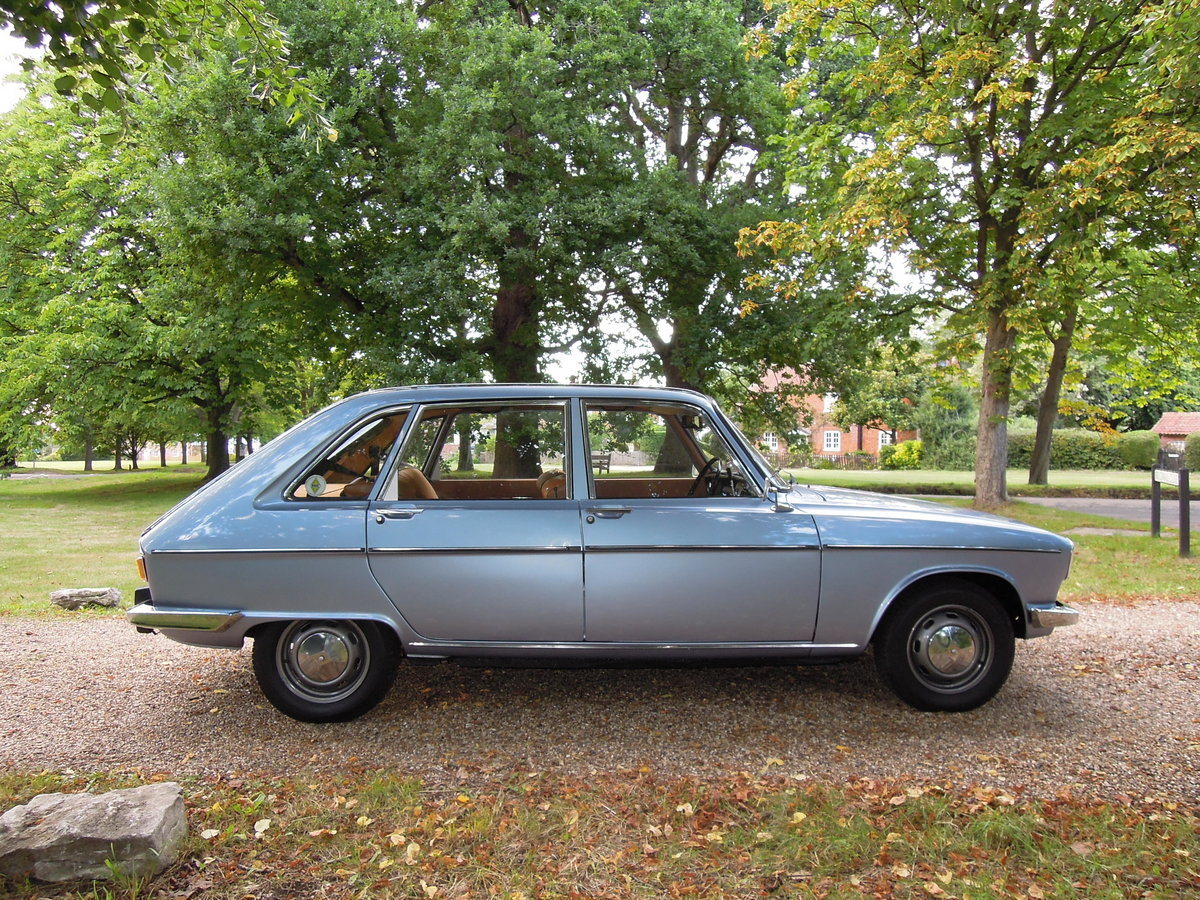 1976 Stunning time-warp Renault 16 TL automatic SOLD (picture 3 of 6)