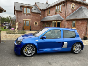 Picture of 2003 Renault clio V6