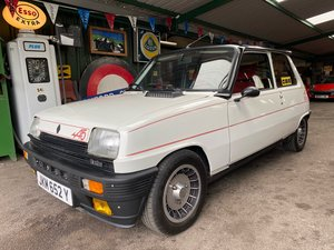 Very Rare Renault 5 alpine Turbo