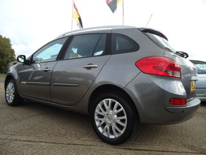 Picture of 2011 Clio 1.2 16v Dynamique Sport Tourer 5dr (Tom Tom) For Sale