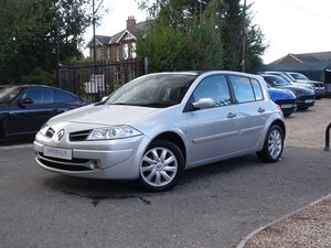 Picture of 2008 08 Renault MEGANE