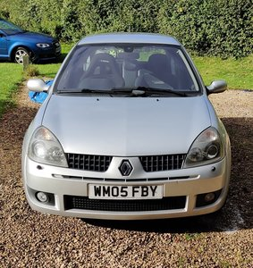 Picture of 2005 Renault Sport Clio 182 (Cup Pack)