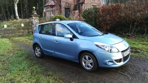 Picture of 2010 Renault Megane Scenic