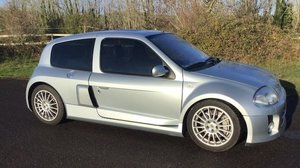 Picture of 2002 Renault Sport Clio V6 Hatchback