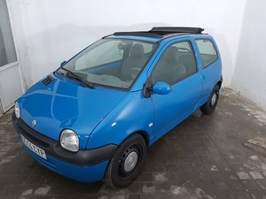 Picture of 2004 Renault Twingo roof open 1.2 For Sale