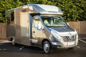 Picture of 2015/65 Renault Master LM35 Business DCI Barlow Horsebox For Sale